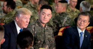 Warum gerade ich? Soldat sitzt zwischen zwei Präsidenten