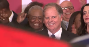 Doug Jones besiegt Roy Moore in Alabama
